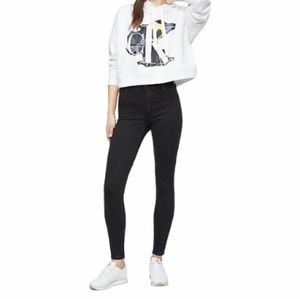 Calvin Klein Skinny Fit High Rise Ankle Jeans